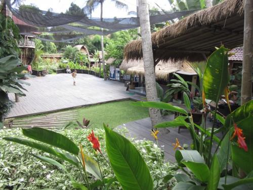 Yoga Barn Bali Ubud große Kursfläche