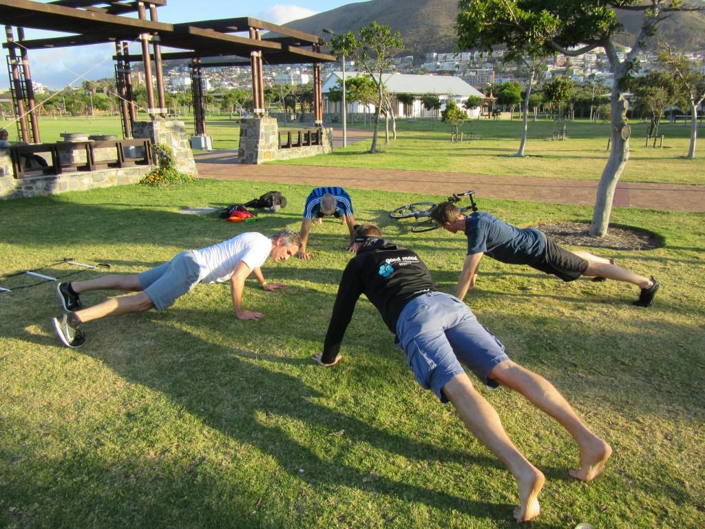 Draußen spielen / Outdoor Fitness