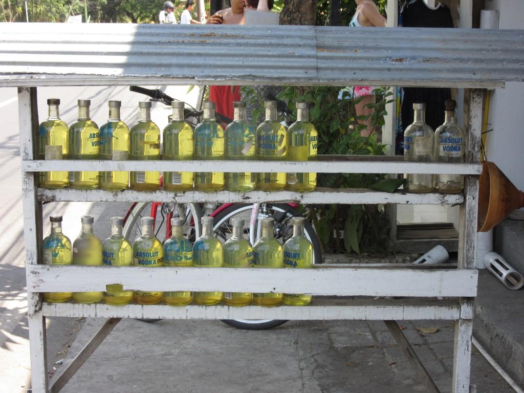 Tankstelle-auf-Bali